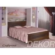 """Кровать из натурального массива дерева с одной высокой спинкой """"Сафрина"""""""