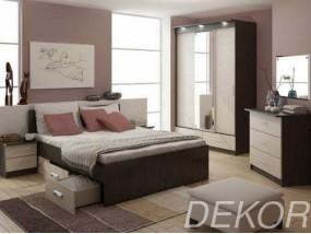 """Комплект мебели для спальной комнаты """"Юнона-4"""" с зеркальным пано"""